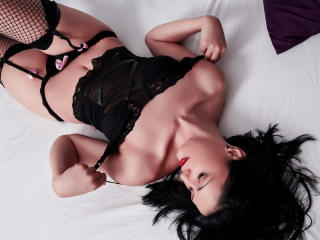 Picture of the sexy profile of AngieSkyes, for a very hot webcam live show !
