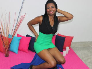 Gynnary-black girl from xlovecam