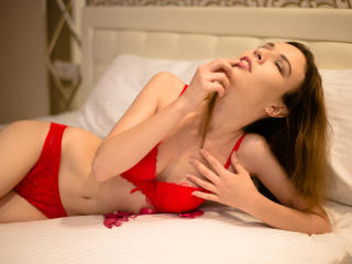 Webcam model JollyCute69 from XLoveCam