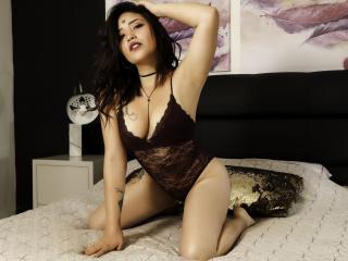 KatiaHeen webcam