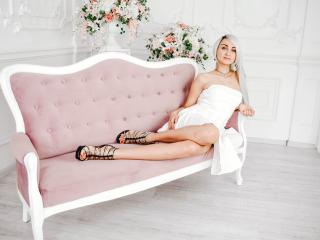 LuxuryMilana webcam