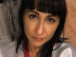 Webcam model WhiteJane from XLoveCam