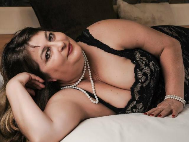 Онлайн толстенькая секс