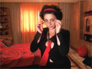 Webcam model TheaFantasy from XLoveCam