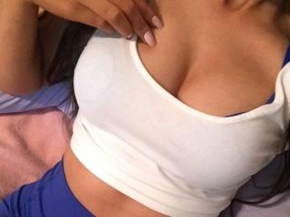 YaraGirl - Chat live porn with this regular tit Young and sexy lady